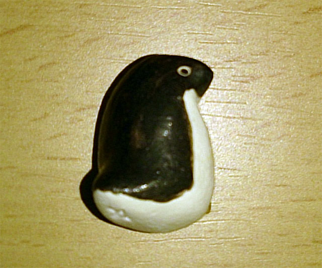 penguin_brooch