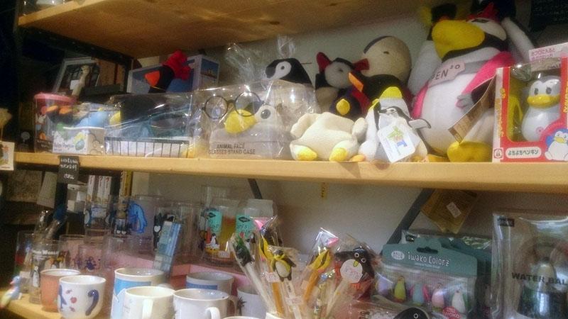 ペンギン堂雑貨店_お店の様子13